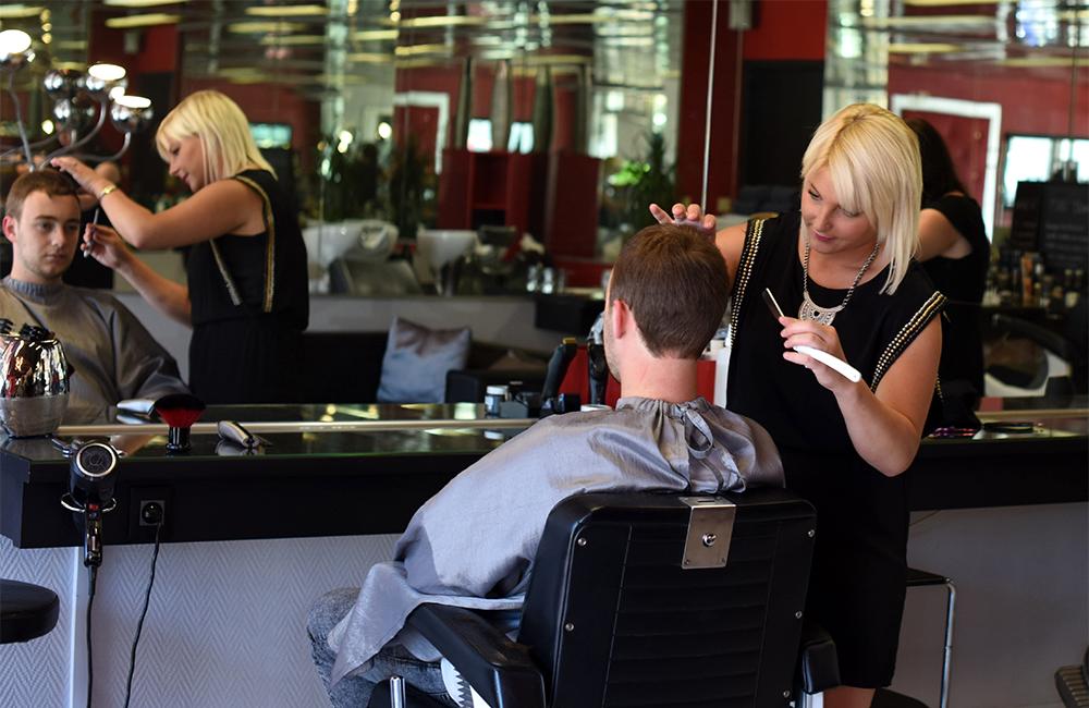 Arlook salon de coiffure homme coiffeur m rignac arlac - Ouverture salon de coiffure ...