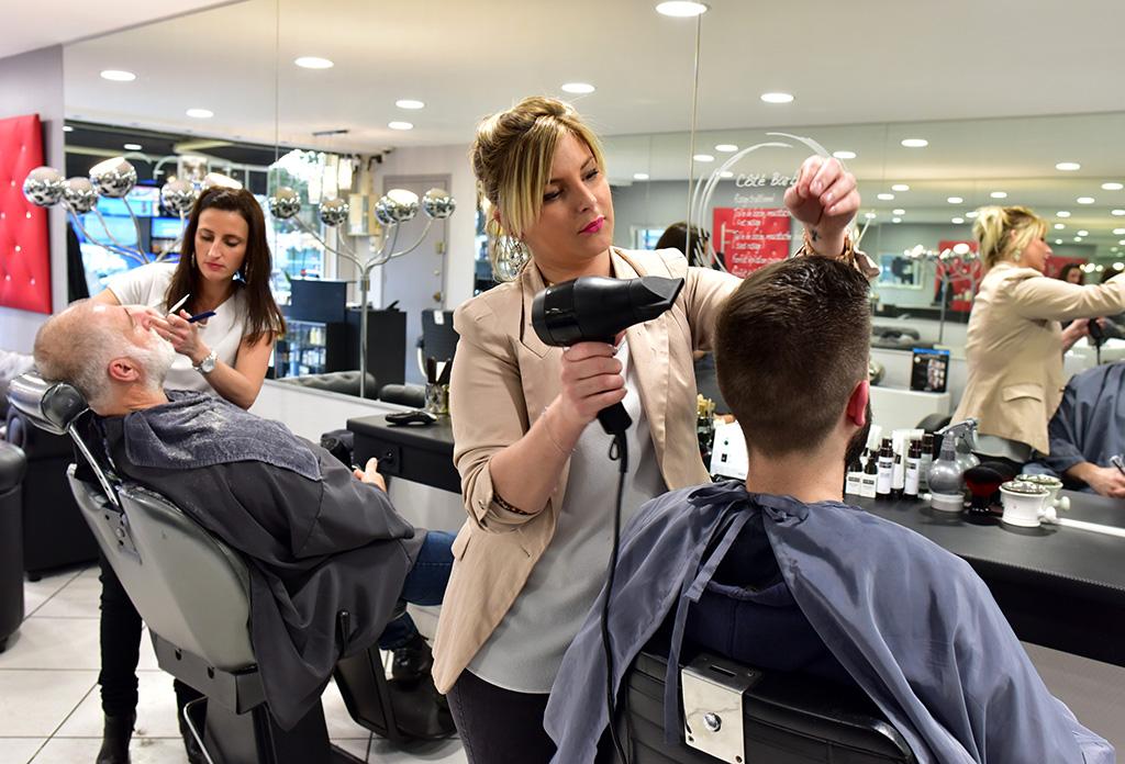 Arlook salon de coiffure homme coiffeur m rignac arlac for But coiffeuse